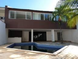 De Lourdes - Casa Duplex 500m² com 7 quartos e 4 vagas