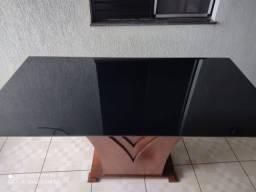 Mesa para 6 lugares, padrão embuia, tampão de vidro