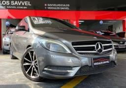 Mercedes-Benz B200 Sport Top de Linha