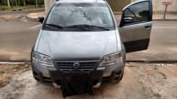 Idea - carro Da Fiat- semi novo - Idea 1.8