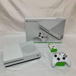 Xbox One S 1TB - 1 Controle  - 1 Bateria