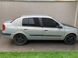 Renault Clio sedan Exp 1.6 16 val