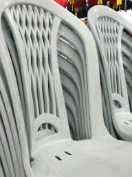 Título do anúncio: Super promoção de cadeira nova plástica no atacado