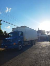 Vende-se um caminhão 1620 eletrônico, ano 2007.