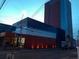 Alugo prédio comercial de alto padrão