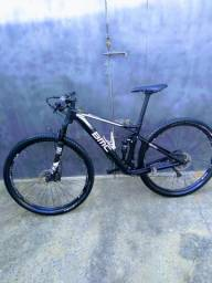 """Mountain Bike FULL """"BMC fourStrokes 02"""" Tamanho - S - Carbono"""