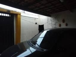 Casa Plana/Usada, bairro Santa Maria, 2 dormitórios