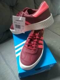 Vendo tênis Adidas Fem numero 34 novo