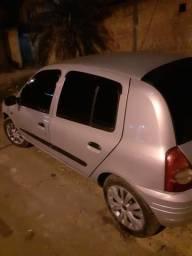 Clio 1.0 2001 8 válvulas - 2001