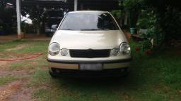 Polo Hatch - 2004 - Completo - 2004