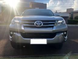 Hilux Sw4 Srx 2018 - Prata (Toyota) - 2018