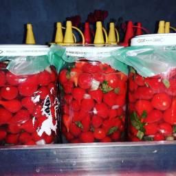 Vendo pimentas e molho