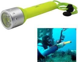 Lanterna Profissional para Mergulho