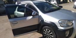 Etios Cross completo !!! Ótimo carro!! Econômico!!