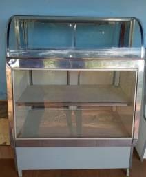 Vendo balcões refrigerado e balcão  simples