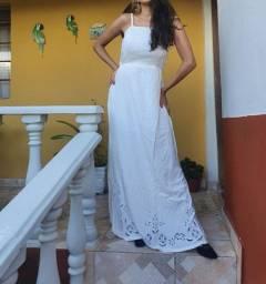 Vestido longo de viscose bordado em rechillieu na barra