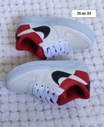 Título do anúncio: Vendo Tênis Nike Air Force infantil ( 110 com entrega)