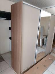 Guarda roupa usado portas e gaveta foncionando