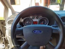 Ford Focus Hatch 1.6 2011