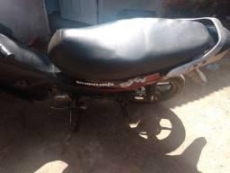 Vendo moto traxx 50 cc.
