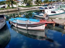 Barco de fibra com madeira !