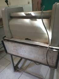 Título do anúncio: Todo maquinário para sua padaria