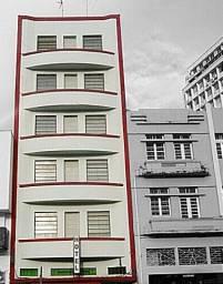 Hotel no Centro de Curitiba funcionando Faça sua Oferta