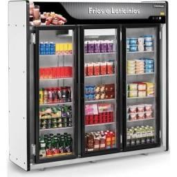 A. Expositor 3 e 5 portas frios e laticínios bebidas carnes