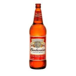 Vende - se Garrafa de Cerveja  de 1  Litro Budweiser com 12 garrafas de vidro.