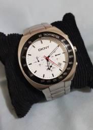 Relógio DKNY / Donna karan New York