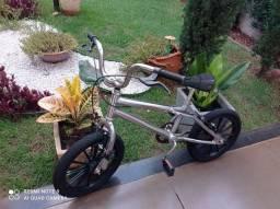 Bicicleta infantil Croiss prata