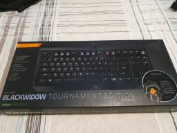 Teclado Blackwidow Tournament Edition Stealth