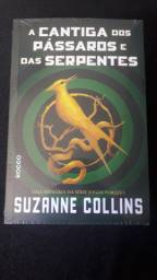 "Livro "" A cantiga dos pássaros e das serpentes"""