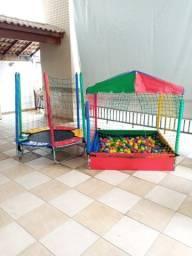 Locação de casinha de bolinhas para a diversão da sua festa