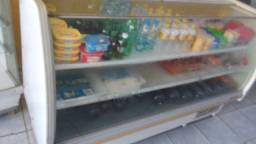 Expositor de bebidas e frios