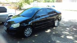 Vendo polo sedan completo com GNV - 2010