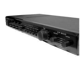 Pré amplificador Unic CP 800