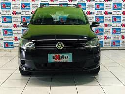 Volkswagen Fox 1.0 mi 8v flex 4p manual - 2014