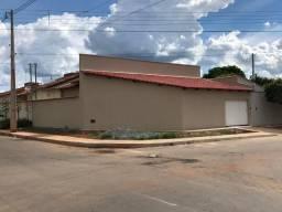 Alugo casa nova com 3 quartos, sendo 1 suite na Vila São Sebastião Senador Canedo