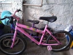 Bicicleta infantil venda as duas bicicletas  cor rosa e roxo