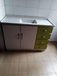 Gabinete com pia/Ji Paraná
