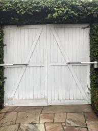 Portões de Madeira Jatobá - (02 Portões)