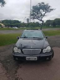 Mercedes C320 Avantgard em ótimo estado - 2001
