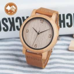 Relógio de Madeira Importado