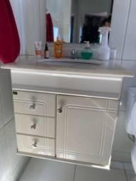 Vaso sanitário com Armarinho