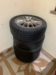 Vendo 4 pneus originais fiat. Mais infos chat
