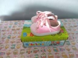 Sapato menina Tamanho 19.