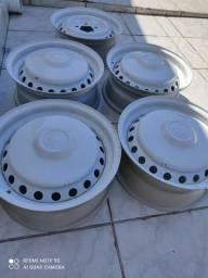 Jogo de roda de ferro da Kombi Fusca 5 furos