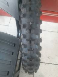 Vendo pneu 19 moto trilha