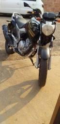 Vende-se uma moto Feizer ano 2011